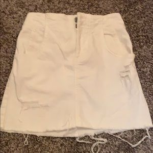 Free people white mini skirt with buckle